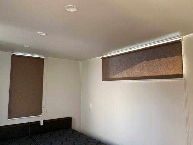 施工事例 寝室のロールスクリーン
